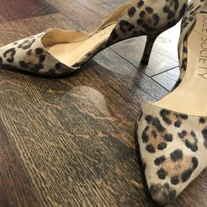 Sole Society Shoes - Sole society leopard pumps 7.5